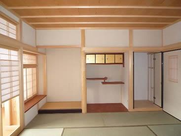 和室に床の間を造作しました。